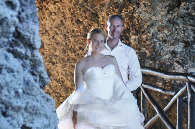 Bride and groom at Cave of the Dawn, Isla Mujeres