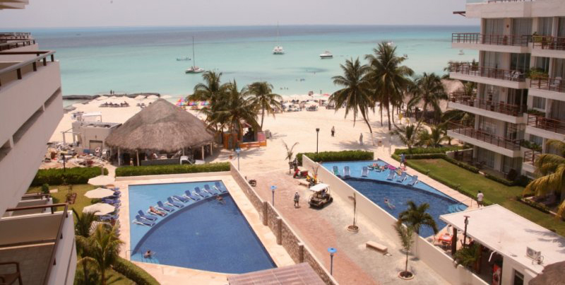 Isla Mujeres waterfront hotel.