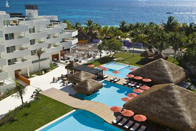 Isla Mujeres Hotel with Pools