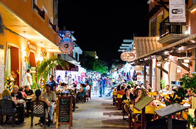 Restaurants in downtown Isla Mujeres