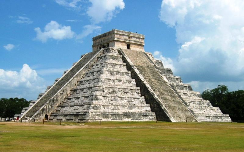 Pyramid at Chichen Itza