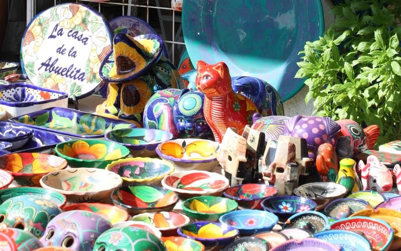 Color souveniers at downtown shop